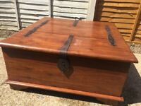 Coffee table trunk with storage
