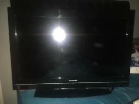 Toshiba plasma for sale with remote
