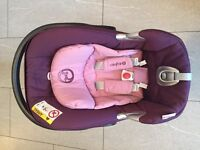 Cybex Aton Q car seat And Isofix Base