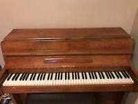 Spencer Royalette piano