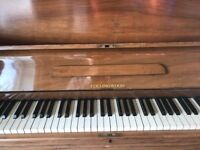 Piano for sale. Needs a lot of TLC.