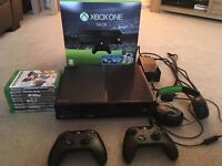Xbox One boxed bundle, excellent condition