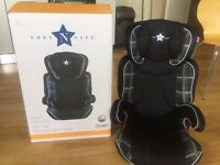 Hardly a month used kids CAR Seat (4-11 Yrs) (15-36KG)