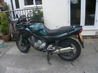 Yamaha XJ600S. T reg, 1999 very good condition,full Delkevic 4into 2 exhaust system