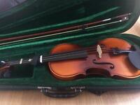 Antoni ACV30 4/4 full size violin with case and bow, used but in good condition