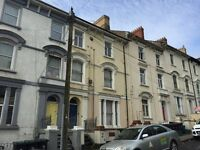 1 BED FLAT, CLYTHA SQUARE, NEWPORT