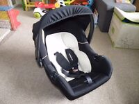 Mothercare Rear facing Car Seat
