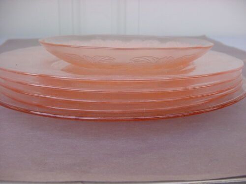 SMALL LOT MISC PIECES MACBETH-EVANS PINK DOGWOOD DEPRESSION GLASS PLATES