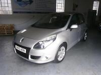 RENAULT SCENIC 2.0 dCi Dynamique TomTom Auto [FAP] (silver) 2010