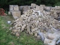 SANDSTONE CUTTINGS RANDOM SHAPES AND SIZES COLOUR BUFF