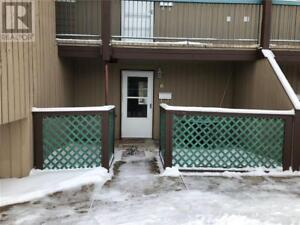 6 5816 65 Street Red Deer, Alberta