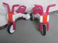 Pair of Chillafish Bunzi Balance Bikes - Pink