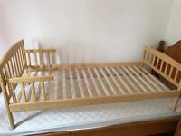 Pine toddler bed - brand new