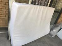 Memory foam double bed Mattress good condition Cheap with cover