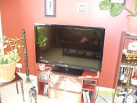 LG 42inch LED Tv Widescreen Full HD 1080p with Freeview-Price drop