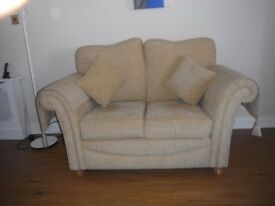 beautiful sofa and 2 matching chairs absolute give away !!!