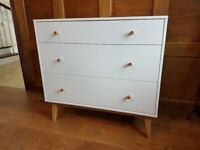 Chest of drawers - New