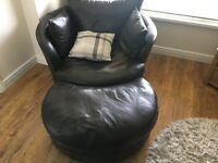 Leather Love Seat - with rotating feet, perfect for living room