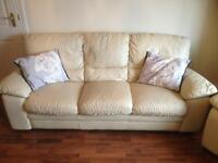 3 & 2 seater leather sofa / settee & 1 recliner