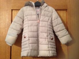 Beige padded coat with fur hood age 18-24 months