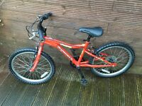 DIAMONDBACK MOUNTAIN BIKE for ages 6 to 9 years