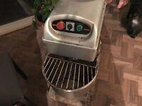 Spiral Mixer HS 20Ltr , 2 x kebab machie, cahe machine ..for Fast Food , Restaurant
