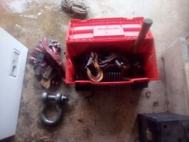 Tow chain & 2 shackle,s