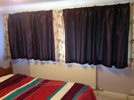 1 or 2 pairs of Curtains