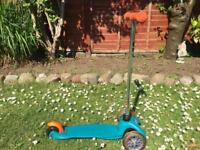 very good condition limited edition mini micro scooter for sale