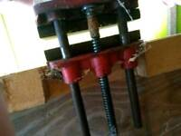 Woodworkers vice. Good quality would be preparwd to sell separately