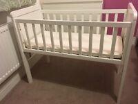 Mothercare Hyde Crib & Mothercare Airflow Foam Mattress