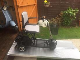 ULTRA LIGHTWEIGHT COMPACT SHOPRIDER CAR BOOT SCOOTER - AEROPLANE TRAVEL ACCEPTED