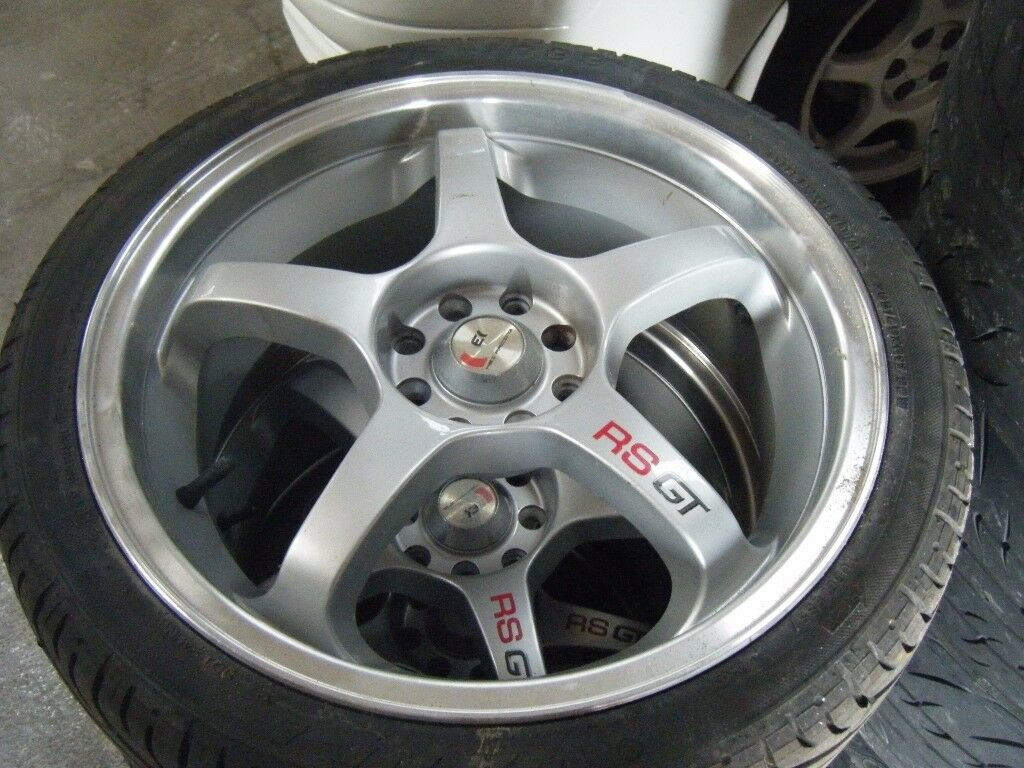 FORD RS GT 17 INCH MULTI FIT ALLOYS AN TYRES LIKE NEW ALSO PEUGEOT 307 207 ETC 15 INCH ALLOY WHEELS