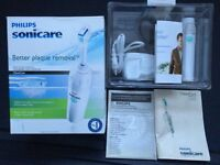 PHILIPS SONICARE ELIT SERIES, HANDEL AND CHARGER WITH BOX, FULLY WORKING, EXCELLENT CONDITION.