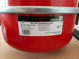 25ltr Expansion vessel with wall mount and vessel control kit.