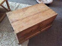 Antique Blanket Box (Kist)