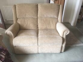 SETTEE AND TWO RECLINER CHAIRS