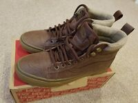 Vans SK8 - Hi MTE (All Weather) Trainers - Size 7 - Unisex - Brown Leather