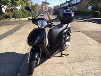 Honda PES 125 - Black - Perfect condition
