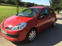 2008 Renault clio 1.2 'freeway' only 72000 miles with mot till April 2017