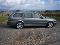 Jaguar 2.0 Diesel Estate only 93000 Miles with 10 Stamps of Service History