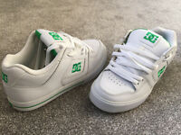 DC 0300660 Mens Trainers (Size UK7.5) in White with Green accents