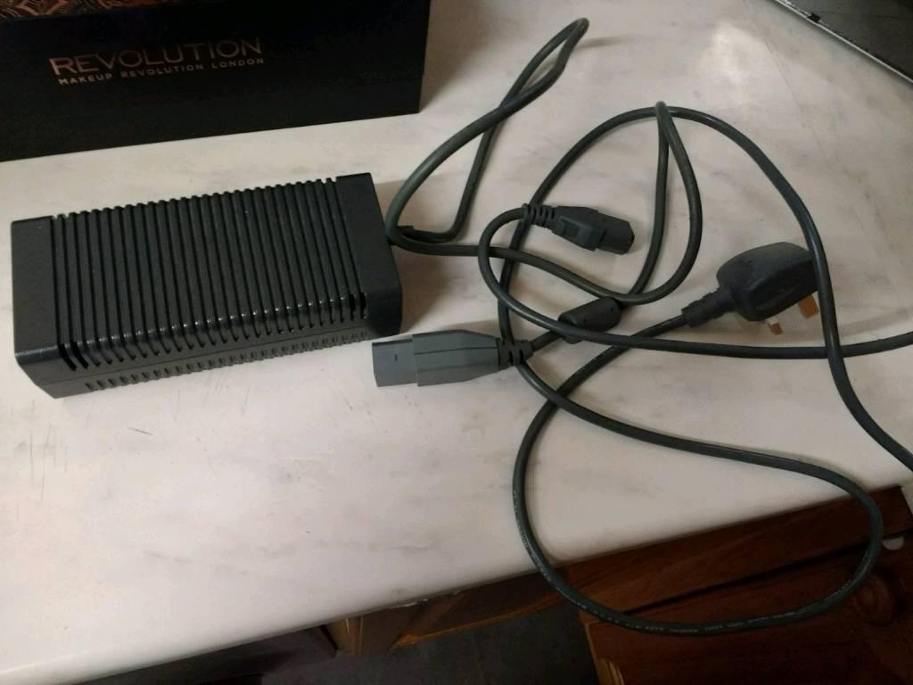 Xbox 360 power brick