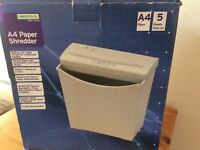 A4 papper shredder used once as new boxed