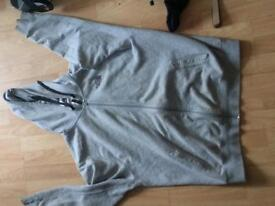 Grey north face hoodie