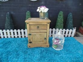 SINGLE CORONA PINE BEDSIDE CABINET VERY SOLID AND IT'S IN VERY GOOD CONDITION 51/43/66 cm £30