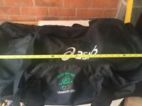 Ireland Olympic youth team travel bag never used all straps included