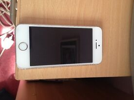 iPhone 5s 16gb very good condition