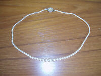 Vintage Faux Pearl Necklace with Decorative Clasp