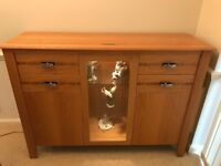 Wade Furniture Solid Oak Sideboard - Immaculate condition & quality.
